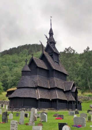 ボルグンド・スターブ教会